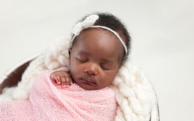 How to Transition Your Baby Out of the Swaddle